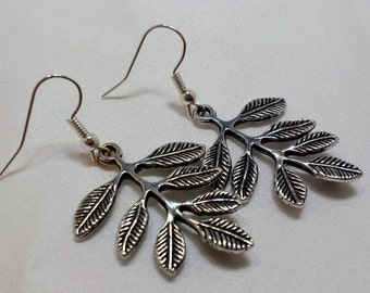 Silver leaf dangle earrings.