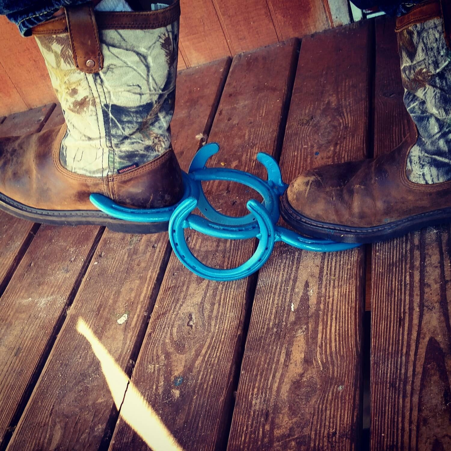 Horseshoe decor boot jack country rustic by kadyskustomkrafts for How to decorate horseshoes
