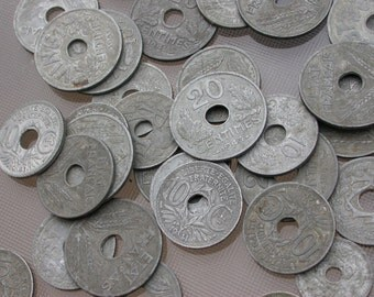 200 pcs French coins vintage 1940s 1946s large hold collectible art deco period coins vintage jewelry charm donut shape round beads bracelet