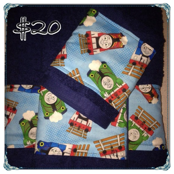 Thomas the train towel set thomas towel set by yarnplusthread for Thomas the train bathroom set