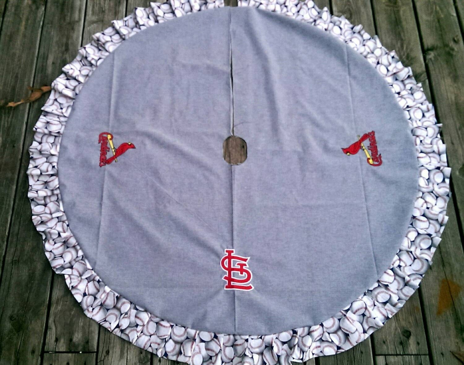 St louis cardinals totally reversible tree skirt with base