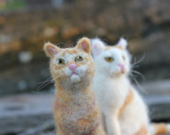 Custom Needle felted cat-portrait of your pet. Wool animal sculpture,sitting cat