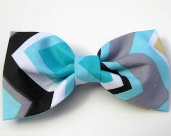 Dog Bow Tie, Blue Chevron,  Removable and Adjustable, Bow Tie for Dogs and Weddings, Made to Order in Your Choice of Size