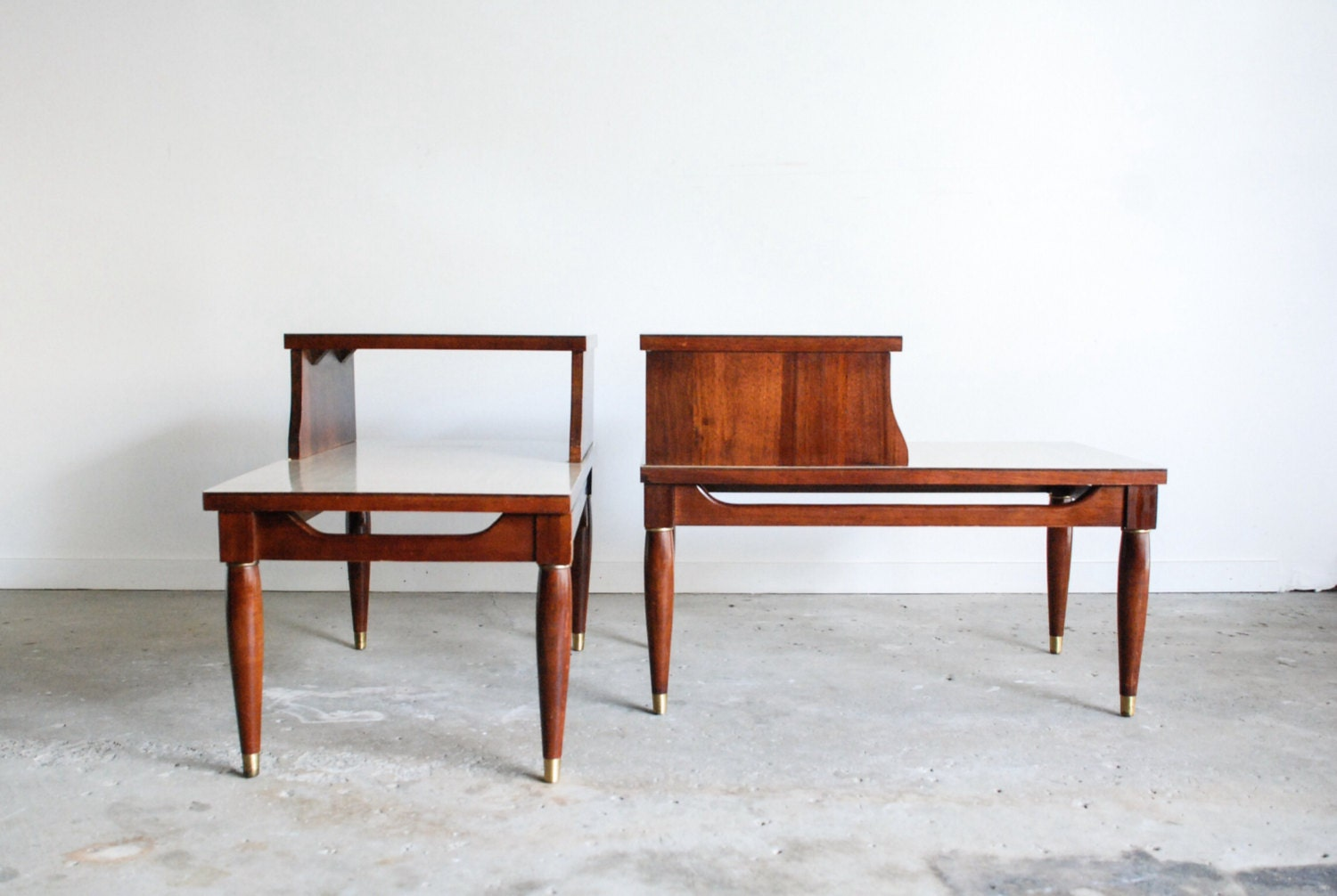 mid century two tier tables step tables end tables gorgeous. Black Bedroom Furniture Sets. Home Design Ideas