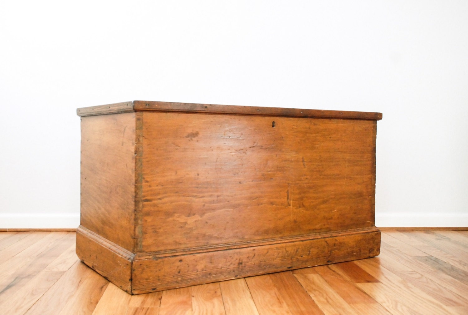 Blanket chest antique hope chest wood trunk coffee by littlecows