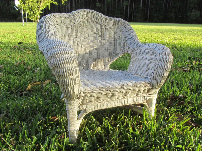 Childs Wicker Chair,photo Prop,white Wicker,wicker Furniture