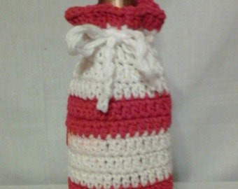 Team Spirit Wine Bottle Cover in Red and White