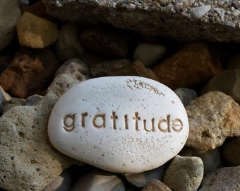 Gratitude pocket message stones, Thanksgiving table placements mementos,stone clay words, personalized optimism affirmation thanksgiving
