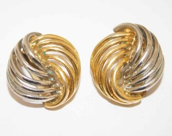 Vintage Gold and silver metal clip on earrings
