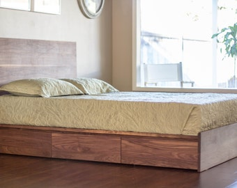 Case Bed - Platform style with 6 large storage drawers