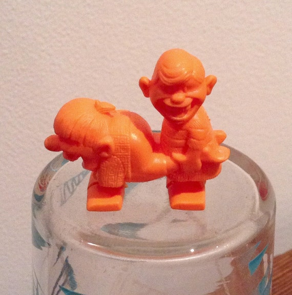Vintage 70's Cereal Box Toy Prize / Kellogg's / Wacky Walkers ...