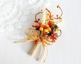 Fall Men's Boutonniere, Rustic Lapel Pin, Natural Buttonhole, Groom Boutonniere, Woodland, Orange Men's Lapel Pin Dried Herbal Boutonniere