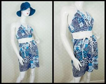 HALTER VINTAGE DRESS. Blue floral patchwork style pattern. Sash Included. Fantastic cotton fabric. Size s.