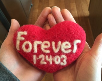 Needle felted customized heart, Valentines gift, Anniversary Gift, love gift, Made to order