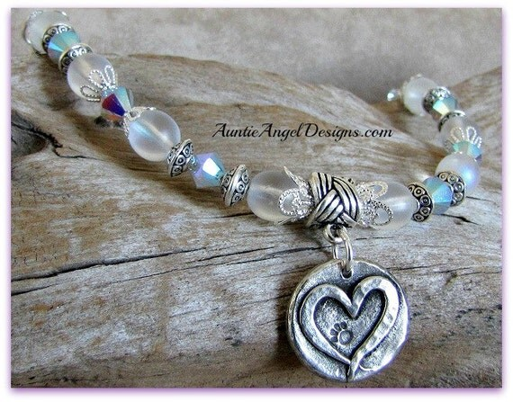 Forever Paws Dog Paw Print In Heart Bracelet; Silver Paw Print Heart Charm Bracelet; Heart Dog Bracelet; Love my Dog Paw Print Bracelet
