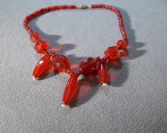Vintage Art Deco Multi Ruby Red Glass Beads Dangle Style Oblong Glass Bead Necklace     K