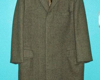"20% off! Use SUPERSPRINGCOATSALE coupon code ~  1950s Vintage Guys ""Madisonaire"" Herringbone Tweed Wool Overcoat —  Mens size M/L"