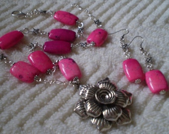 """Pink Turquoise Flower Antique Silver Necklace & Earrings Set - Necklace 19 1/2"""" - Earrings 2 3/8"""""""