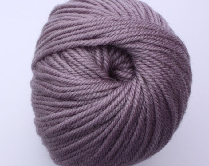 SALE*** Staples 8ply / DK - 2705 Lilac 100gm - 100% Merino - 177m/100gm