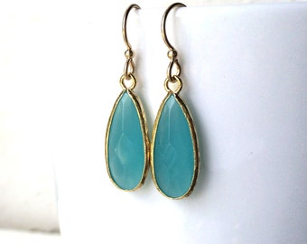 Aqua Chalcedony Aquamarine Glass Tear drop Gold Earrings, Turquoise Aqua earrings, Bridal Earrrings, Wedding Jewelry, Bridesmaids Gifts