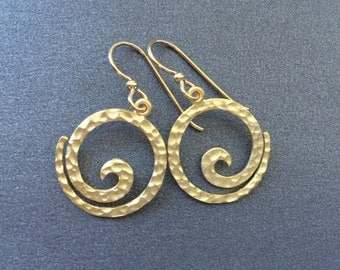Hammered Swirl Gold Earrings, Modern Earrings
