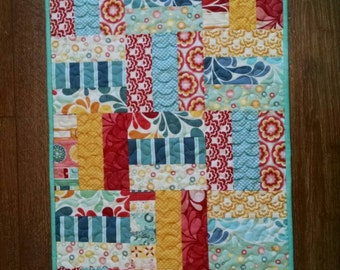 Split Rail  Broad Walk Quilted Table Runner Topper