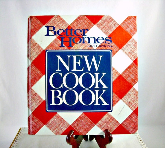 Checkered Cover Cookbook ~ Vintage cookbook better homes and gardens new by