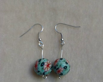 Flower Jewellery, Flower Earrings, Bead Earrings, Green Earrings, Red Flower Earrings, Drop Earrings, Beaded Earrings, Beaded Jewellery