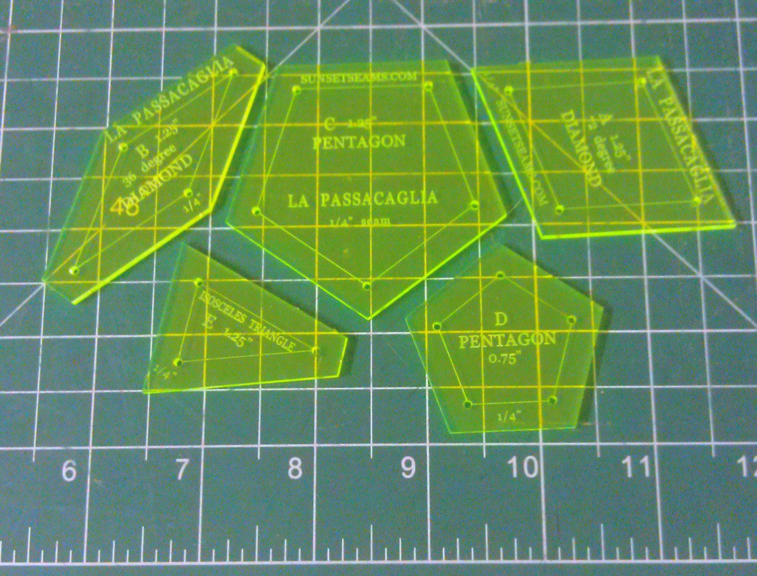How To Use Acrylic Quilting Templates : La Passacaglia 1/4 inch seam SOLID style 5 pieces