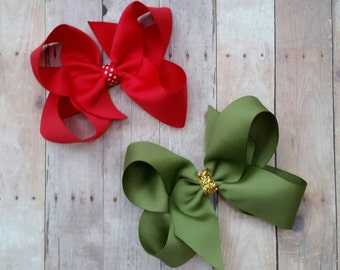 Set of Christmas bows,  Christmas hair bows for girls, holiday hair accessories,  baby hairbows, hair clips Christmas