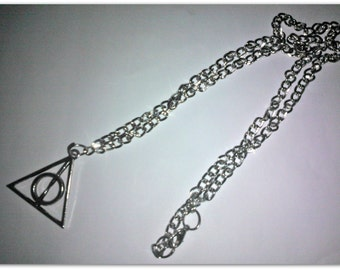 Pendant with the relics of the death of Harry Potter