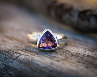 Amethyst Ring size 9 - Sterling Silver and Amethyst Ring  - Size 9 Amethyst Ring - Amethyst - Purple Amethyst Ring - February Birthstone