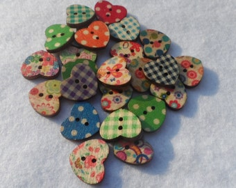 50 Wooden buttons in the shape of heart in Fantasy Mixed 17x15mm