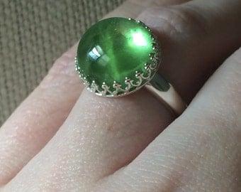 13.5 ct Rare cabochon Cut Green Huge Natural Peridot Crown  Scrollwork Ring.
