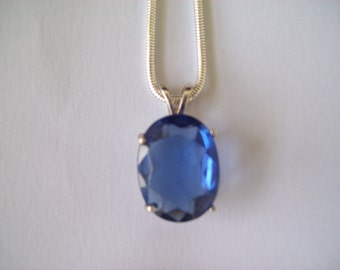 Tanzanite Pendant in Sterling Silver 20x15mm