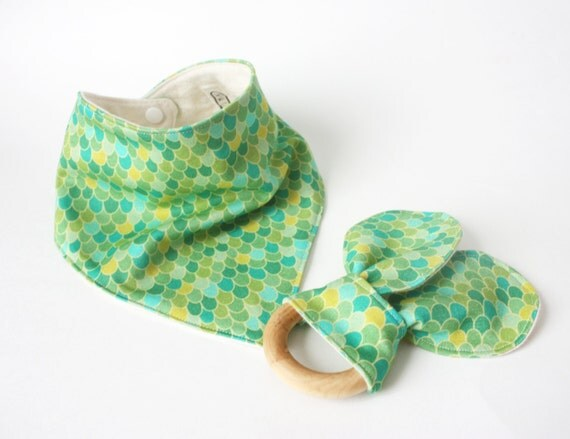 Bandana Bib and Wood Teething Ring Set, Green Dragon Scales Print, Jersey Knit and Flannel, Adjustable Size