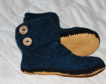 Lady's crochet alpaca boots with sheepskin lined leather soles, hand dyed, crochet slippers, women's slippers, sizes 5 - 11