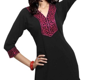 Wonderfdul  Black  Color Kurti With  Embroidering Working  and  3/4th sleeve