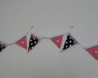 Bunting titled Summer picnic