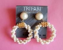 Vintage  Pearl Earrings / Trifari Earrings / Hoop Earrings / Trifari Jewelry / Designer Jewelry / Designer Earrings/ Trifari Hoop Earrings!!