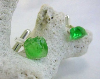 Cufflinks with green sea glass from Nova Scotia's South Shore on silver plate mounts (CLNSSSSG12)