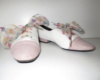 Extravagant shoes Puccetti white pink dots size 36