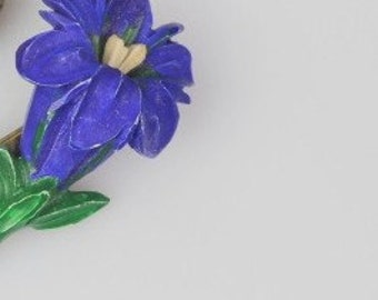 1940s blue flower pin/brooch