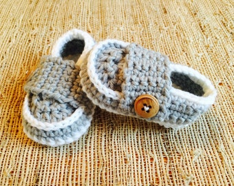 Crocheted little man loafers, baby shoes, booties, crochet shoes, baby gift