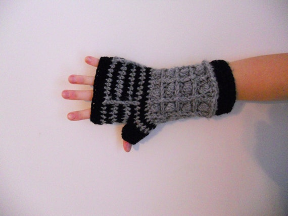 Dalek Fingerless Gloves