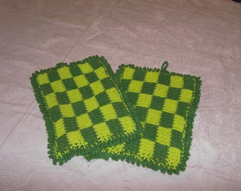 knitted oven mitts
