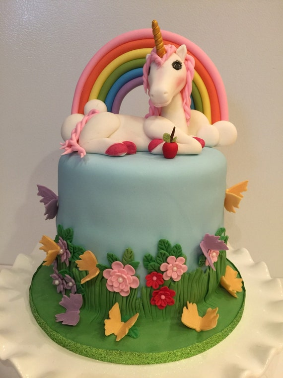 Sugar paste fondant 3D Unicorn birthday cake topper