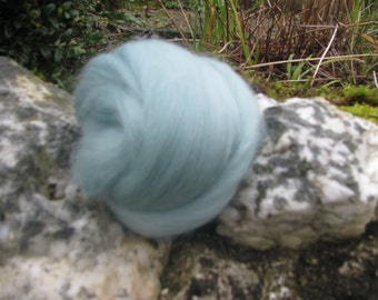 Merino Wool Roving/top 64's 23 Microns - Teal. For Spinning, Felting, Craft Work.