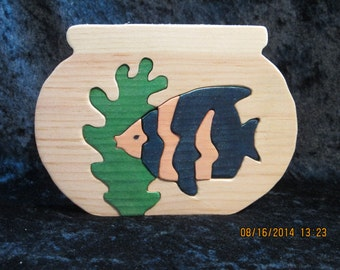 Fish in Bowl Puzzle - Hand Made Solid Wood - Pine