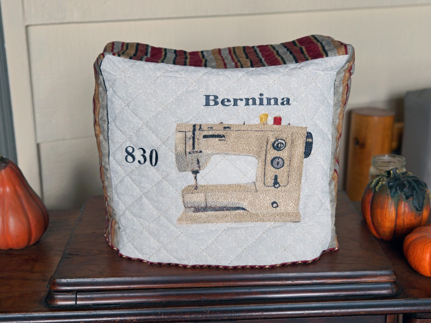 Bernina 830 Record Sewing Machine Dust Cover
